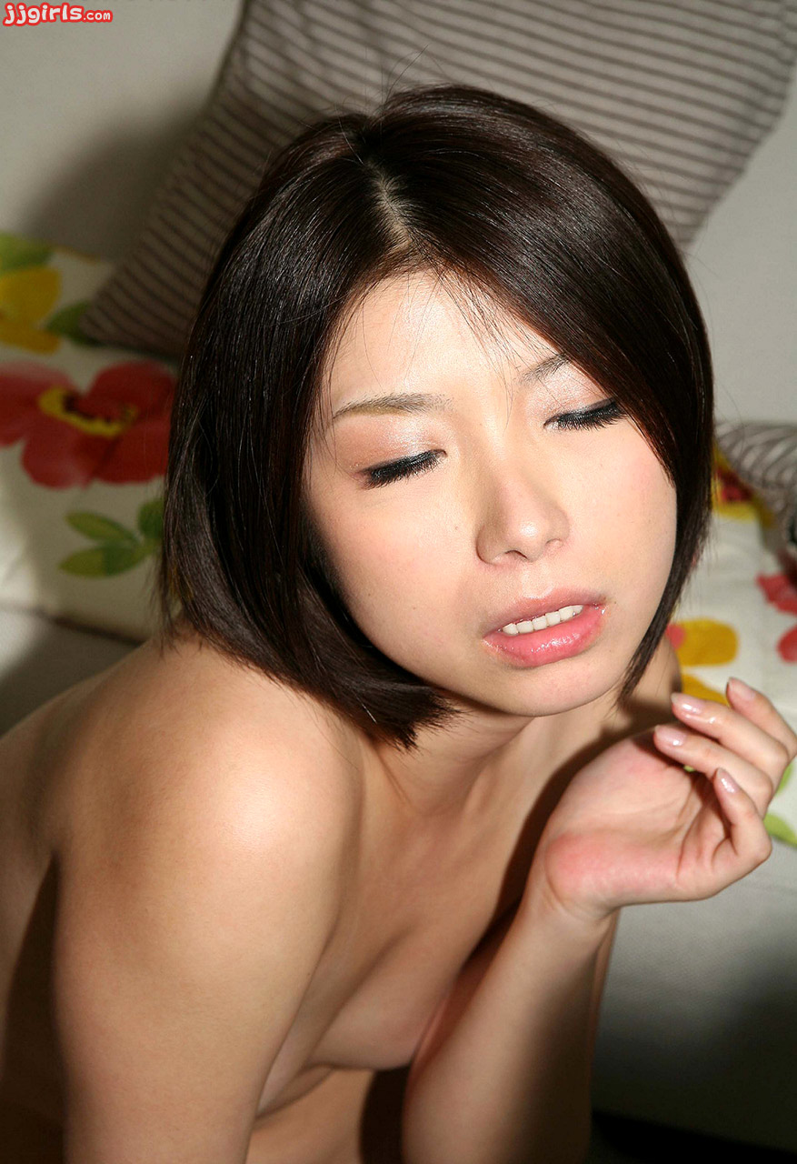Cute hikari eto jav idol debut teases with baton spreading 8